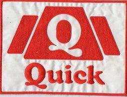E34 - Alimentation - Ecusson 14 X 10,5 - Restaurant QUICK - Ecussons Tissu