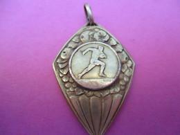 Médaille De Sport Pendentif/ CHAMPION De NORMANDIE/ Bronze/  1930                        MED270 - Rugby