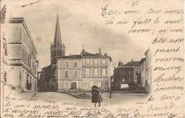 """MURET (Haute-Garonne) - PLACE Et EGLISE - Animée - Carte """"précurseur"""" - Voyagée - Muret"""