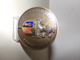 Medaille Gendarmerie Nationale 7 ° Legion Gendarmerie Mobile En Bronze 6,5 X 0,5 Cm 120 Gr - Police & Gendarmerie