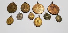 LOT Médailles Religieuses Anciennes Coeur De Jésus Marte Notre Dame De Bon Secours De Paix  St Joseph Vierge .. - Army & War