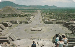 PLAZA DE LA LUNA DESDE LA PIRAMIDE DE LA LUNA. TEOTIHUACAN. AMEX ASOCIADO SA.CIRCULEE MONTEVIDEO 1970. MEXICO- BLEUP - Mexico