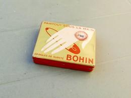 BOHIN Epingles De Sureté. Boite (vide) En Métal Lithographié - Boîtes