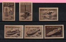 Czechoslovakia Matchbox Labels - Detem Pro Radost / Hracky 'Igla' -  Brown - Matchbox Labels