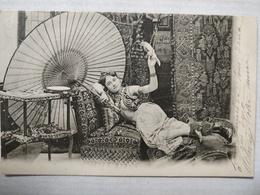 Oriental. Femme Et Perroquet - Afrique