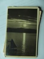 Noorwegen Norway Sun Is Going Down And Boat - Noorwegen