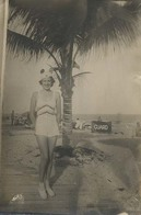 Strandmode Jaren '40  /  Beachfashion  '40  (RPPC Real Photo Postcard)  2 X Scan - Mode