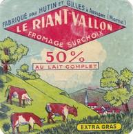 ETIQUETTE  PETIT FROMAGE TYPE CARRE DE L'EST -  LE RIANT VALLON -   Fab Dans La  MARNE  51 - Fromage