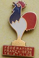 FF  124........FEDERATION  FRANCAISE  DE  TRIATLON - Badges