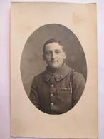 Carte Photo Jeune Chasseur Du 17 ème Bataillon De Chasseurs à Pied - Croix De Guerre 2 Etoiles - Fourragère - 1918  TBE - War 1914-18