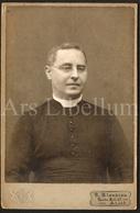 Large Photo / Cabinet Card / Priest / Prêtre / Priester / Photographer R. Blondiau / Alost / Aalst / Paul Bataille - Fotos