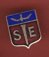 53680-Pin's-Blason SE.militaire.armée.épée Oiseau.signé Fraisse. - Army