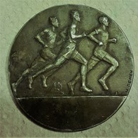 """Médaille Offert Par Le Ministre """" Sous Secrétariat D ' état De L ' éducation Physique """" Signée H. Demey - France"""