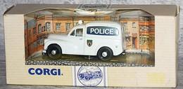 """Morris Mini Van """"Police"""" - Corgi Toys"""