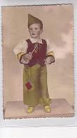 NIÑO BOY GARÇON PIPA PIPE GORRO BONET HAT DISFRAZ DISGUISE COLORISE CIRCA 1900's-. BLEUP - Fotografie