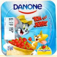 "Opercule Cover Yaourt Yogurt "" Danone "" Tom & Jerry 4 French Disney Banane  Banana  Yoghurt Yoghourt Yahourt Yogourt - Opercules De Lait"