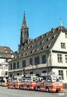 Strasbourg Promenade Touristique En Petit Train Devant Le Musée Historique  CPM Ou CPSM - Strasbourg