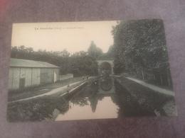 BC-300- LA GUERCHE - Canal Du Berry - La Guerche Sur L'Aubois
