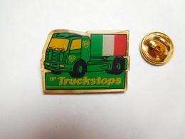 Beau Pin's , Camion Essence BP , British Petroleum Company , Truckstops , Drapeau Italie - Fuels