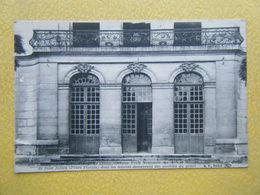 CLUNY. L'Ecole Nationale Des Arts Et Métiers. Le Balcon En Fer Forgé. - Cluny