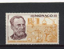 MONACO - Y&T N° 913** - Louis Pasteur - Monaco