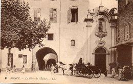 Vence   -   La  Place  De  L' église. - Autres