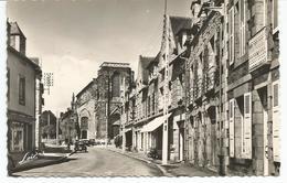 PLEURTUIT. CPSM. Rue Saint Guillaume Et L' Eglise. Peugeot 203 - France