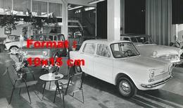 Reproduction D'une Photographie Ancienne D'un Garage Simca - Reproductions