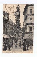Amiens. L'horloge Dewailly. Nombreux Personnages. Commerces. (3101) - Amiens