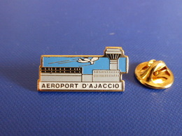 Pin's Aéroport D' Ajaccio - Corse - Avion (Q63) - Airplanes