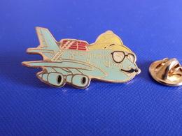 Pin's Tourentreprise - Avion - Tour Operator - Voyage Boeing B747 (Q45) - Airplanes