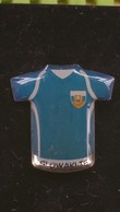 Pin's FOOTBALL ,speldje Shirt Slowakije  EK /  Pin Shirt  New Slovakia  EK - Football