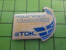 1018B Pin's Pins / Rare Et De Belle Qualité / THEME SPORTS : ATHLETISME IAAF WORLD CHAMPIONSHIPS ATHENS 97 - Athletics