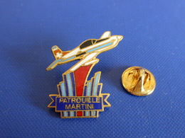 Pin's Patrouille Martini - Boisson - Voltige (Q44) - Airplanes
