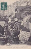 Cpa -13-marseille-lavage Du Poisson Sur Le Vieux Port-edi Lacour N°1122 - Old Professions