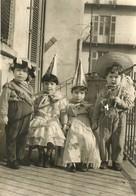 """1083 """"BAMBINI IN COSTUME SUL BALLATOIO DI CASA """" FOTO. ORIGINALE - Persone Identificate"""