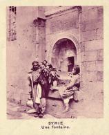Chromo, Image, Vignette : Syrie, Une Fontaine (6 Cm Sur 7 Cm) - Vieux Papiers