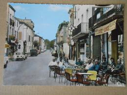 66 P.O. / SAINT LAURENT DE LA SALANQUE / Café De La Loge Rue Arago , Animée (automobile En Stationnement DS, 4L .......) - Frankrijk
