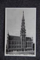BRUXELLES - Hôtel De Ville ( Voir Verso) - Monumenti, Edifici