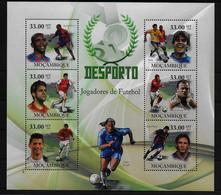 MOZAMBIQUE  Feuillet  ( 2010 )  * * Football Soccer Fussball Drogba - Neufs