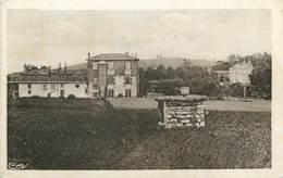 """/ CPA FRANCE 69 """"Pommiers, Château Mulsant Et Pensionnat Montclair"""" - France"""