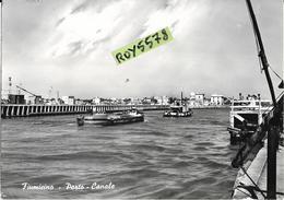 Lazio-fiumicino Porto Canale Diversa Veduta Pontile Persone Rimorchiatore Che Trasporta Barca Parziale Veduta Fiumicino - Fiumicino