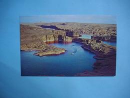 LAKE POWEL  -  The Colorado River  -  Glen Canyon Dam  -  . Arizona  -  Etats Unis - Lake Powell