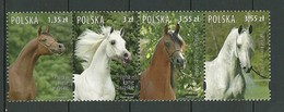 POLAND MNH ** 4061-4064 En Bande CHEVAL. CHEVAUX. HORSE - 1944-.... Republik