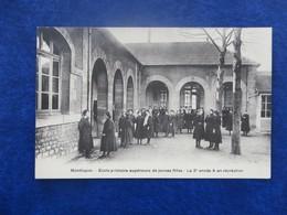 CPA-03-MONTLUCON-Ecole Primaire Supérieure De Jeunes Filles-La 2ème Année-Récréation-animée - Montlucon