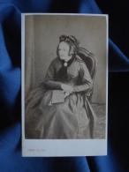 Photo CDV Pépin à Brest - Second Empire Vieille Femme Dans Un Fauteuil Circa 1860 L395 - Fotos