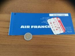 """Billet D'avion 1971 """"AIR FRANCE - PARIS - NICE / TOTAL"""" + TALON D'IDENTIFICATION - Europe"""