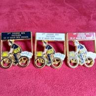 3ème Course Des Facteurs De St Maur Des Fosses : 3 Pin's Doré A L'or Fin - Pin's