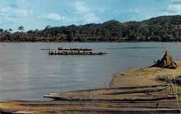 Afrique En Couleurs Fleuve Africain African River  (pirogue Pirogues) (PHOTO HOA-QUI  N°3444 )*PRIX  FIXE - Non Classés