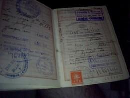Vieux Papier Passeport   A L Etranger Pour Un Sejour En Suisse  Annee 1942/ - Autres Collections